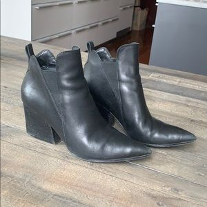Kendall and Kylie Finch Boot